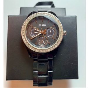Fossil round crystal accent watch